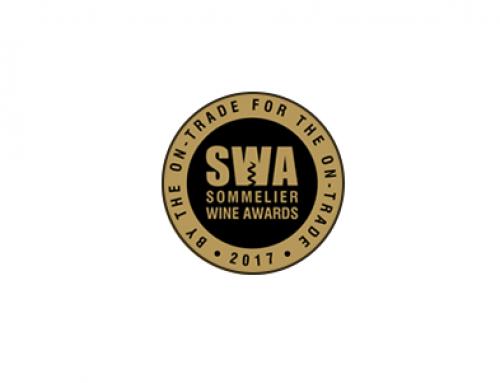 La Pequeña DO Txakoli de Bizkaia aumenta su prestigio con nuevos premios en el Reino Unido