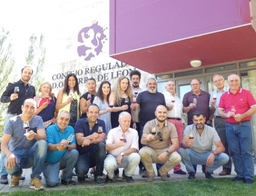 La Pequeña DO Tierra de León homenajea a su comité de cata