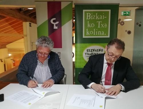 La Pequeña DO Txakoli de Bizkaia firma un acuerdo de colaboración con Laboral Kutxa