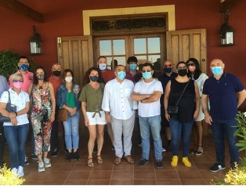La Pequeña DO León muestra su potencial a los distribuidores asturianos y cántabros