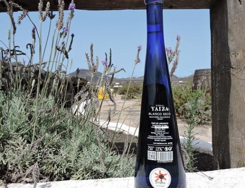 """El Malvasía Volcánica """"Esencia Yaiza"""" de la Pequeña DO Lanzarote el primer vino embotellado del hemisferio Norte"""